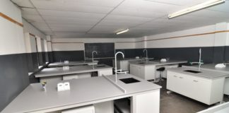 laboratory construction specialists